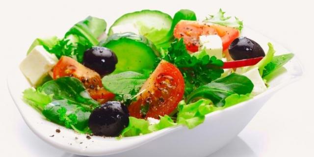 1421498-salad-780x390